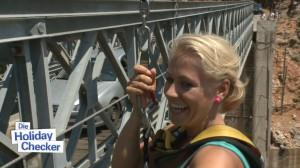 Nina Heinemann Bungee Jump