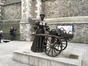"""Das """"Törtchen mit dem Karren"""" wird das Wahrzeichen Dublins auch genannt"""